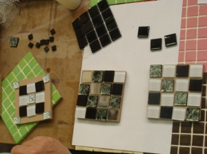 Mosaic coaster set design
